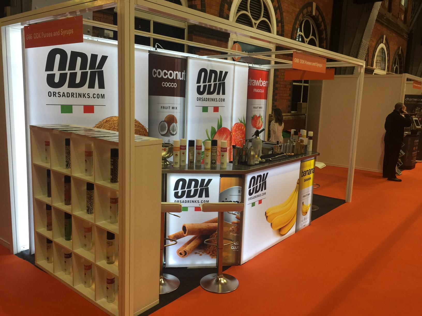 Exhibition Stand Bar : Alternative exhibition stand attracts big crowd