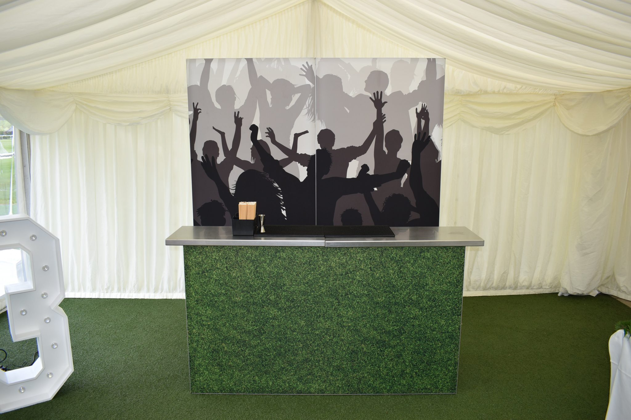 football mobile bar